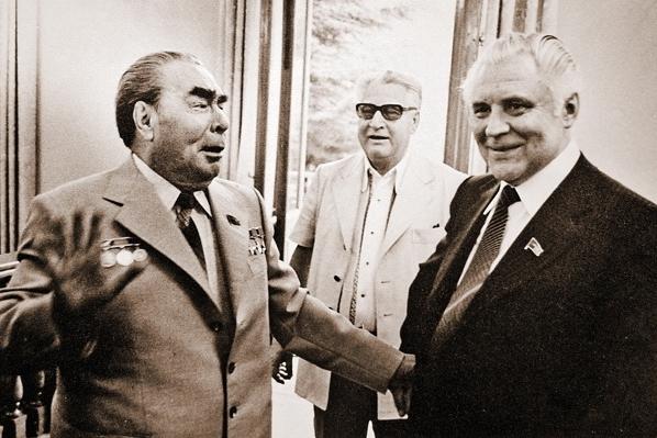 10 11 Brezhnev Scherbitsky