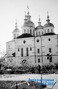 Полтава. Крестовоздвиженский  монастырь
