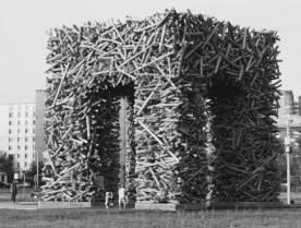 Как остановить экспансию  Марата Гельмана: народ в ужасе  от нового памятника в Перми