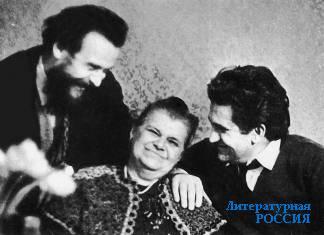 В. Панова с сыновьями Юрием и Борисом, 1970-е годы