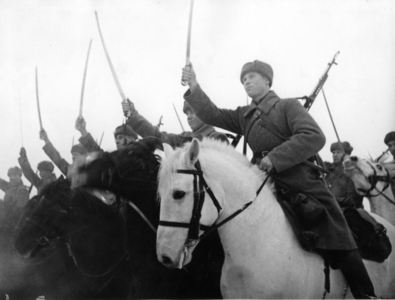 4 5 k Sazonovu Kavaleristy