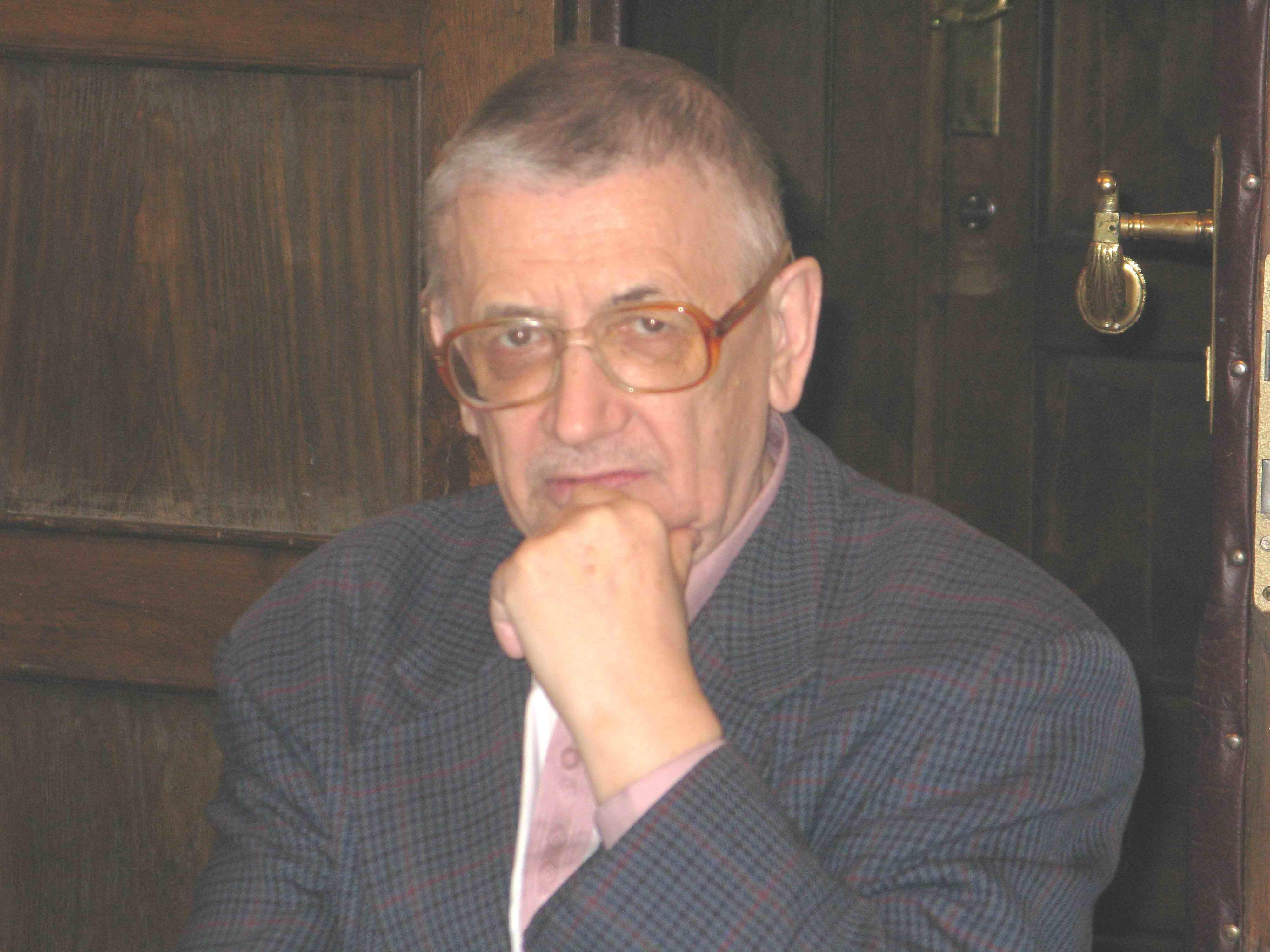6 7 Boris Savchenko
