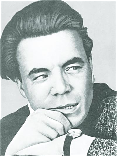 6 7 Mikhail Petrov