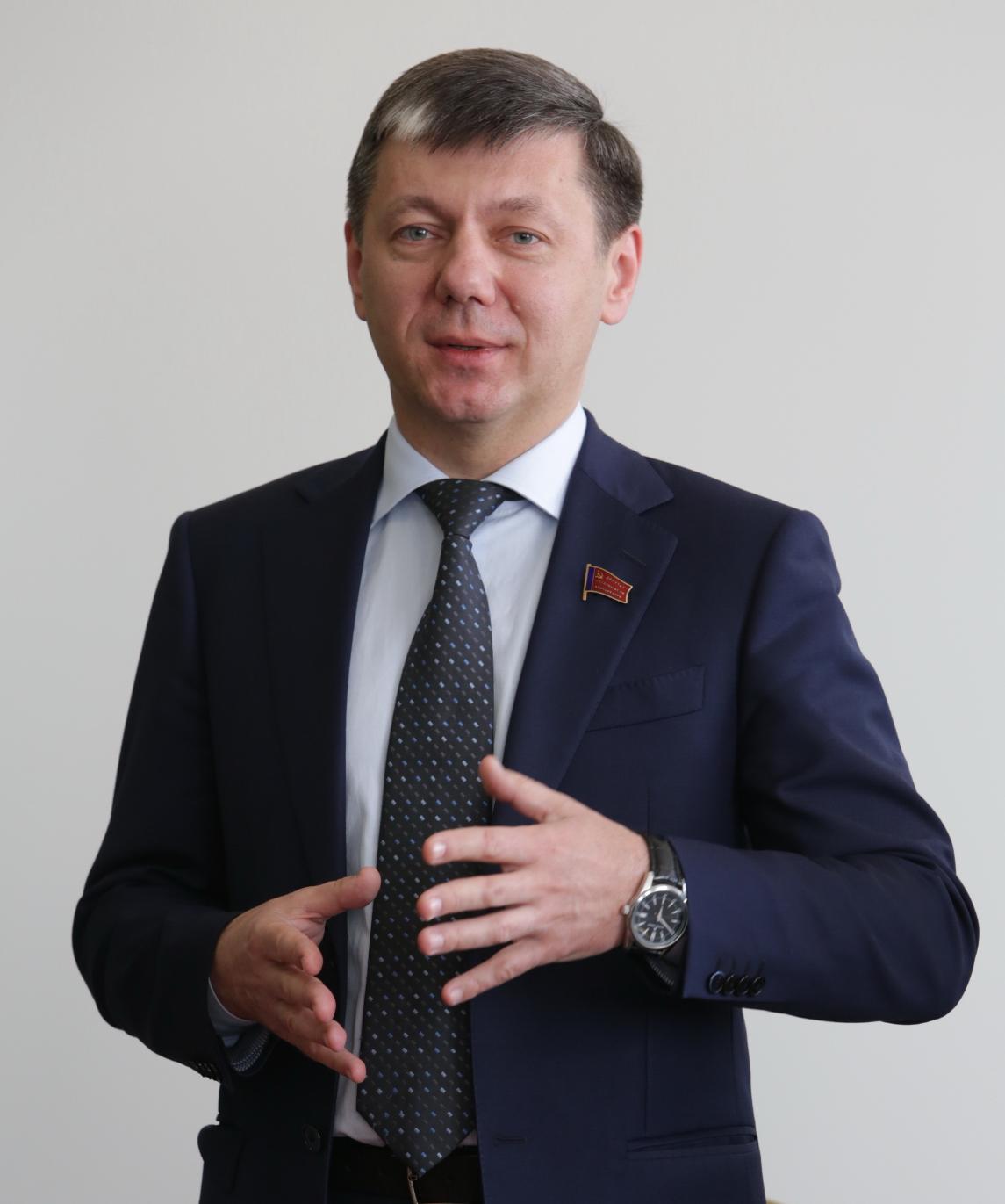 Dm Novikov